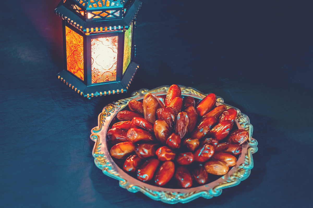 dates for ramadan fasting break